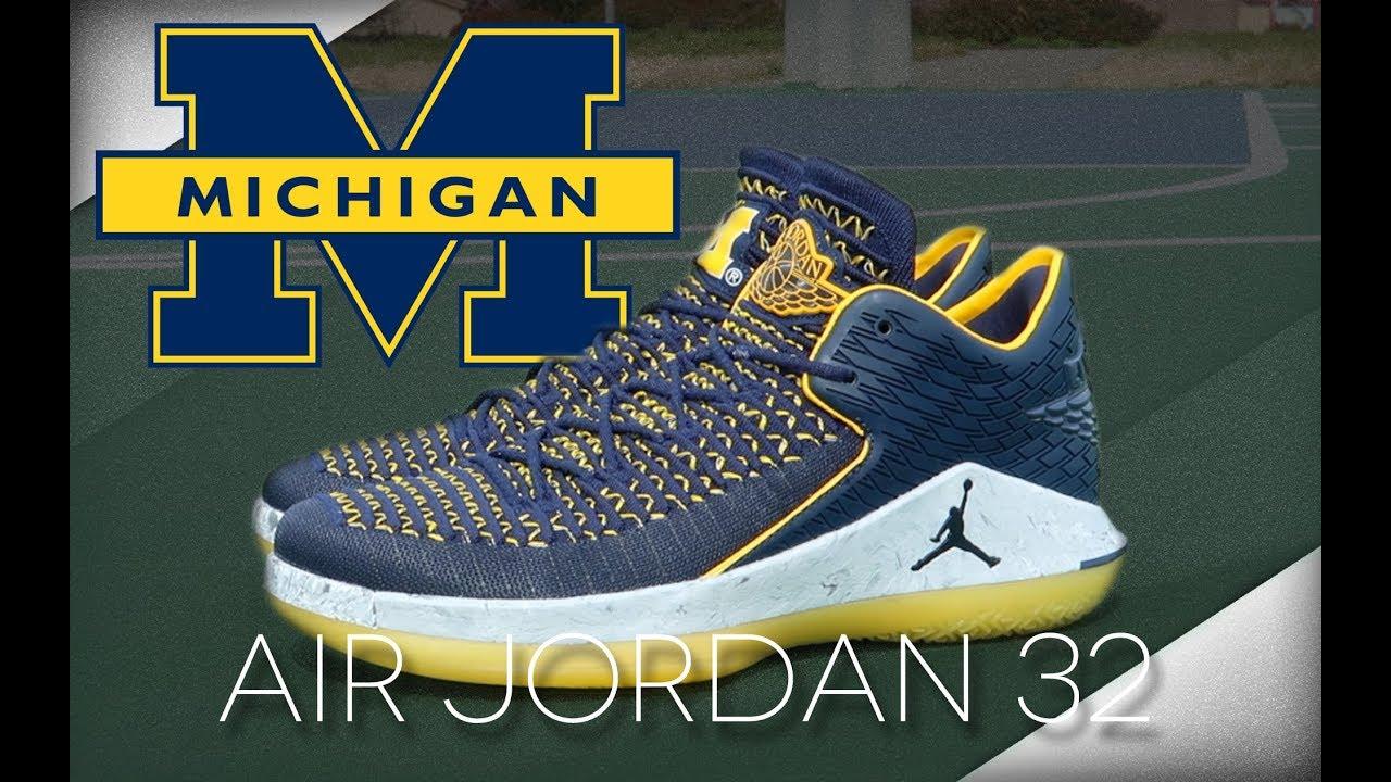 Air Jordan 32 Low Michigan - Air Jordan 32 Low 'Michigan'